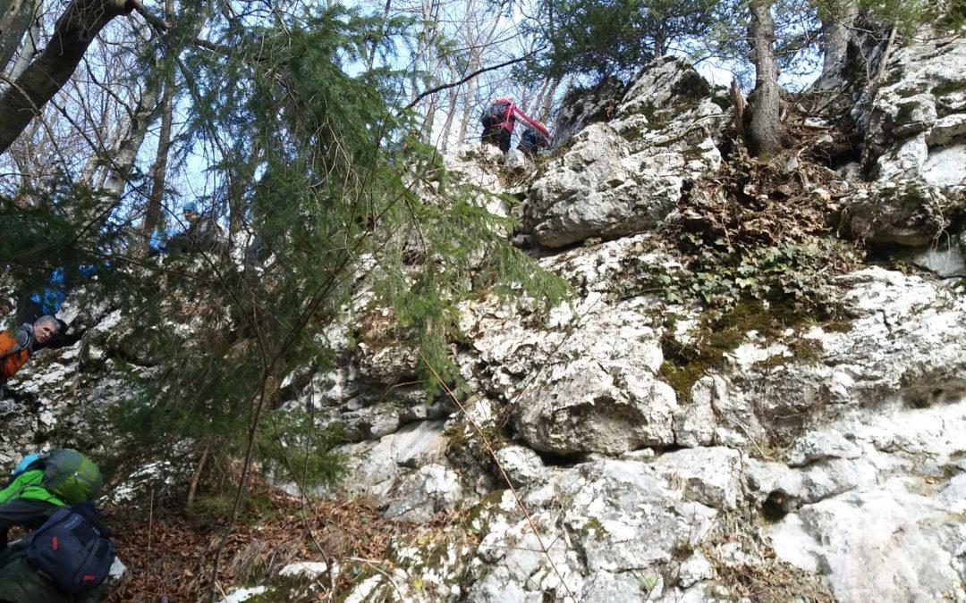 3. planinski izlet v znamenju »plezanja« po jamah